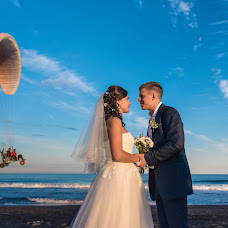 Wedding photographer Yan Panov (Panov). Photo of 13.02.2017