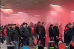 ? Standard-fans leggen Kings Cross plat met rookbommen