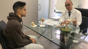 Pedro Luis Ripoll hablando con Fran Rodríguez.