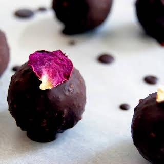 Healthy Marzipan + Raw Chocolate (Vegan, Sugar-free).