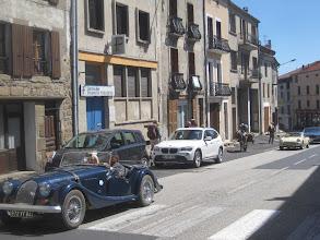 Photo: Oldtimer Durchfahrt in Pradelles
