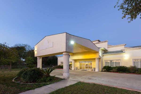 Days Inn San Antonio at Palo Alto