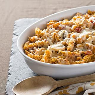 Creamy Chicken, Mushroom & Pasta Bake