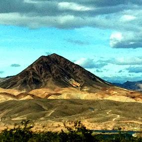 Las Vegas Desert by Lori Nordlund - Instagram & Mobile iPhone