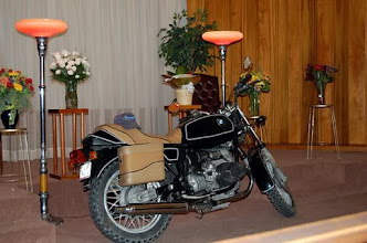 Photo: John's r65 at his memorial, November 2009.