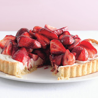 Strawberry Mascarpone Tart With Port Glaze