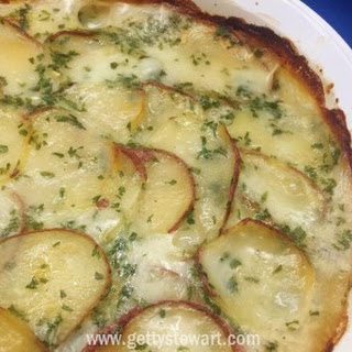 Scalloped Potatoes with Dehydrated Potatoes