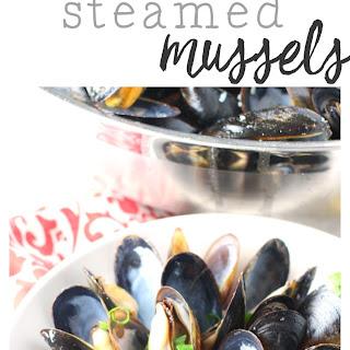 Lemon Garlic Steamed Mussels