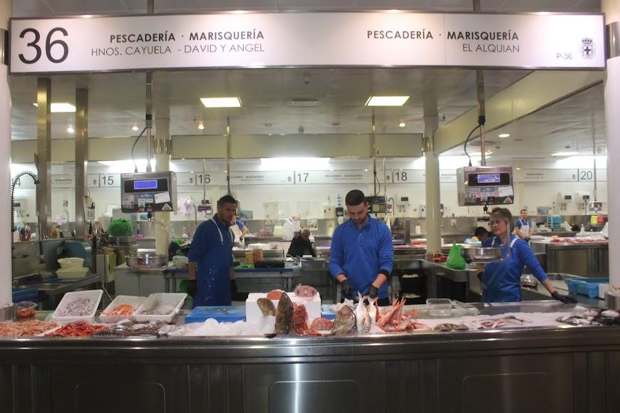 Zona de pescadería del Mercado Central.
