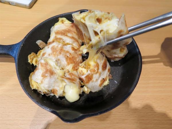鐵門 鐵鍋蛋餅 鐵板吐司 2部曲 -- 新推出多款口味蛋餅+下午茶舒芙蕾鬆餅