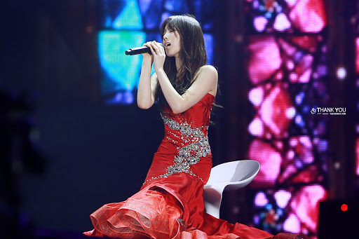 taeyeon gown 20
