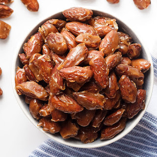 Skillet-Roasted Honey Cinnamon Almonds Recipe
