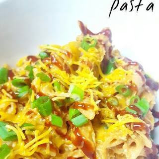Crockpot BBQ Ranch Chicken Pasta.