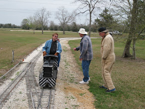 Photo: Gary Brothers and the signal crew of Bill Howe and Ken Smith.  HALS 2009-0228