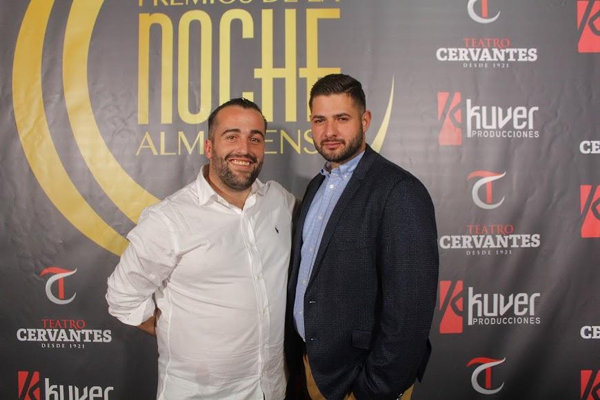 Invitados de Adra a la gala de los Premios de la Noche Almeriense, en el photocall.