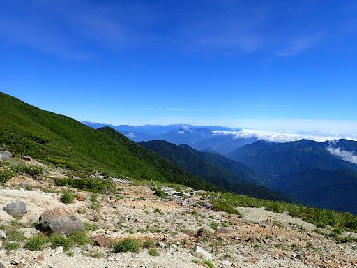北アルプス方面(左に乗鞍岳)