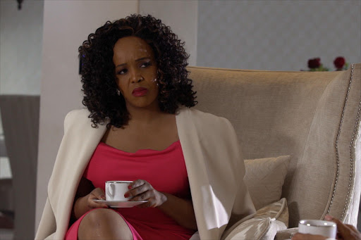 Tumi Morake plays Harriet's BFF on 'The Queen'