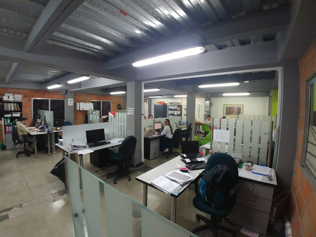 bodegas en venta simon bolivar 495-38766