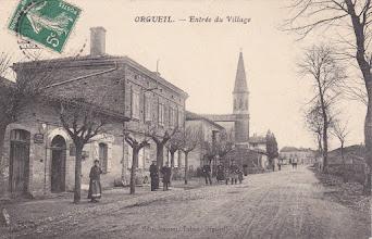Photo: Orgueil (82) - grande rue - carte du début des années 1900 postée à Orgueil destinée à Mademoiselle BUS 91 Grande Rue Saint-Michel 31 Toulouse