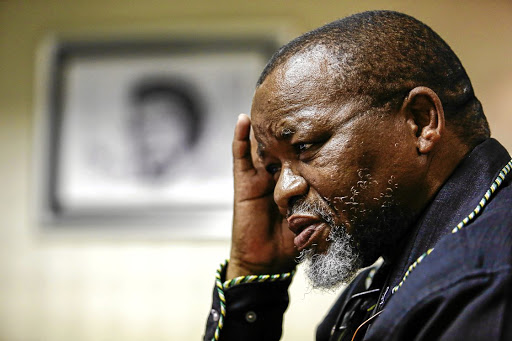 Mantashe will visit the mine to receive a progress report on the rescue efforts for the trapped illegal miners.