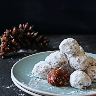 Chocolate Hazelnut Snowballs