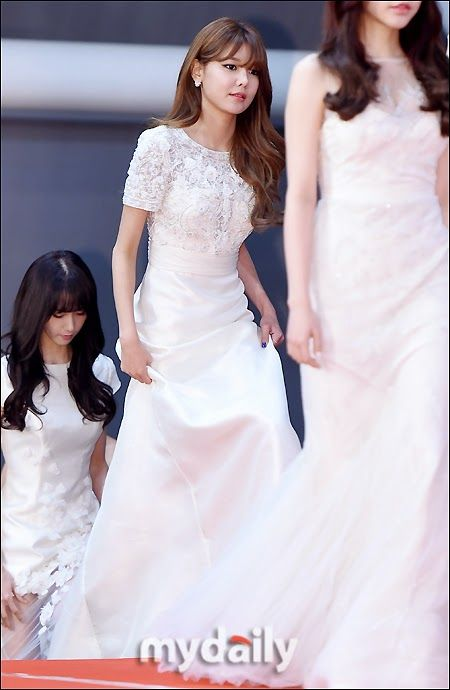 sooyoung gown 8