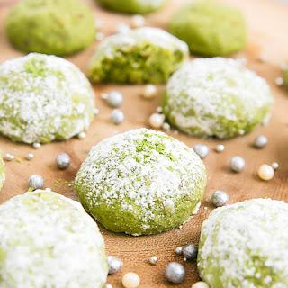 Matcha Snowball Cookies