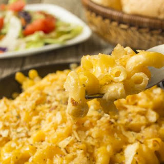 Sticky Peppered Velveeta Mac And Cheese