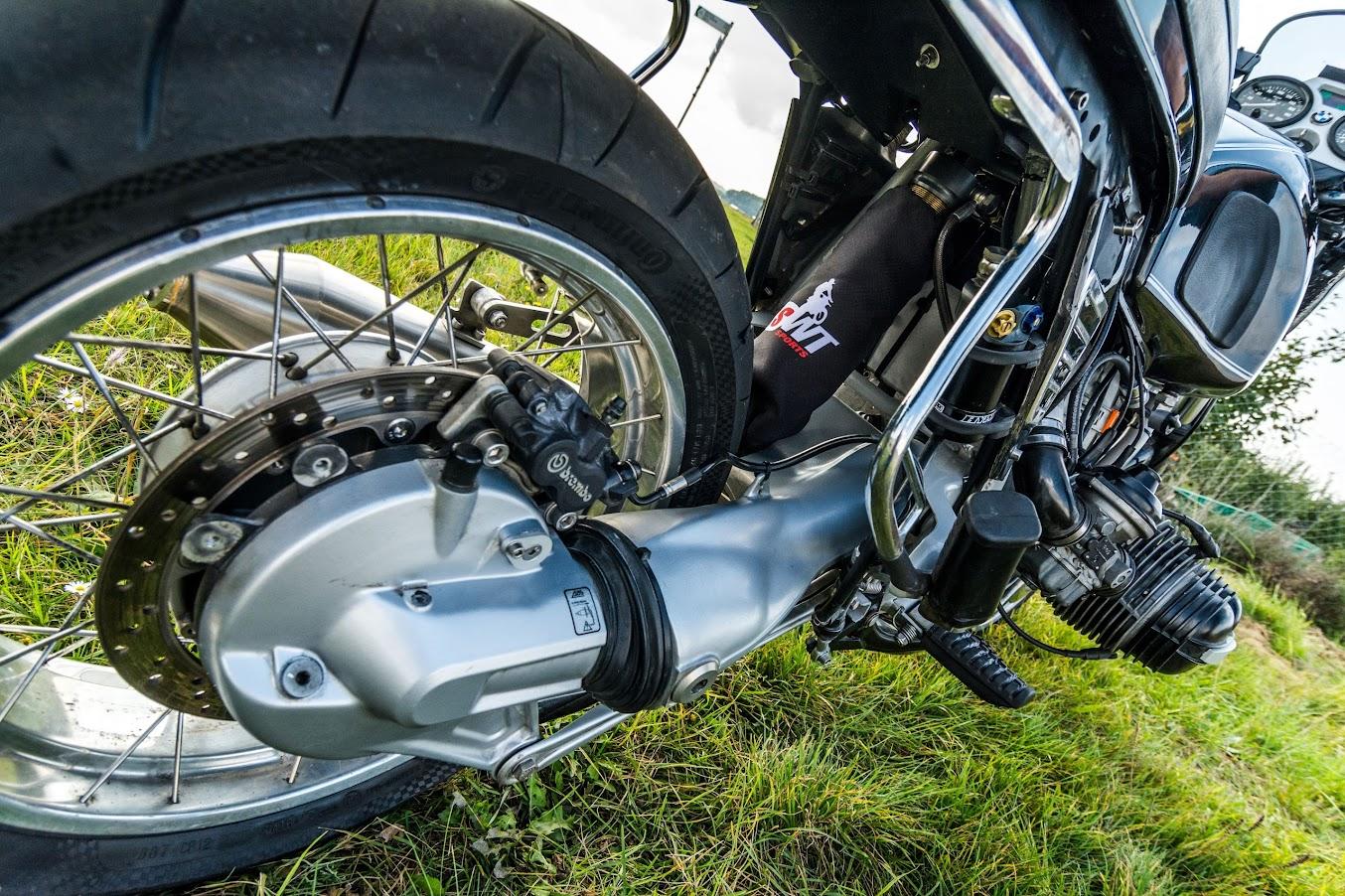BMW R 100 R mit Scheibenbremse am Hinterrad