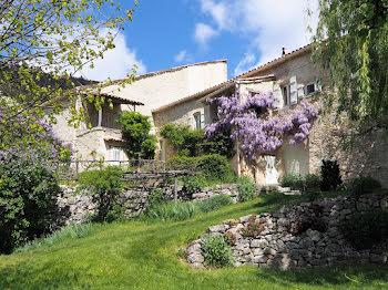 maison à Val-Maravel (26)