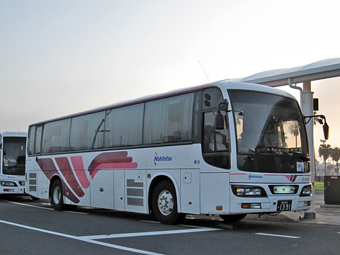 西鉄「桜島号」夜行便臨時車両 9494 鹿児島本港にて