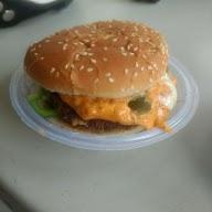Burger Hut photo 3