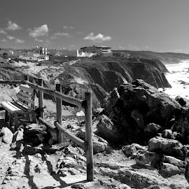 Nice view by Gil Reis - Black & White Landscapes ( beaches, cliffs, places, nature, portugal, wild, sea )