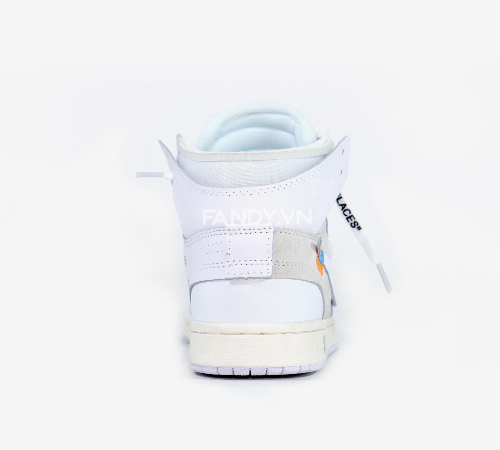 Đôi giày đang được ưa chuộng 2018