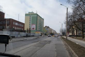 Photo: niet alleen op de snelweg en in de binnenstad is het wegdek soms slecht...