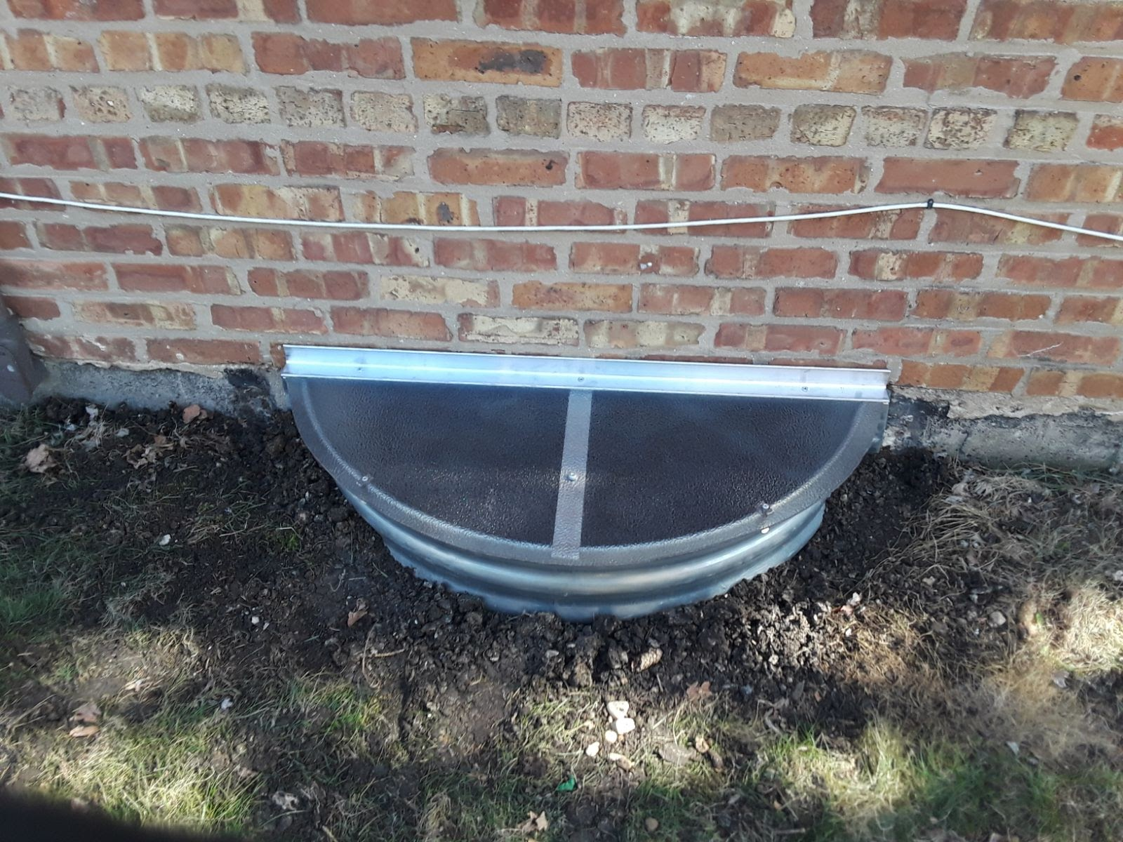 North Aurora, IL-HandyManny Custom Window Well Covers