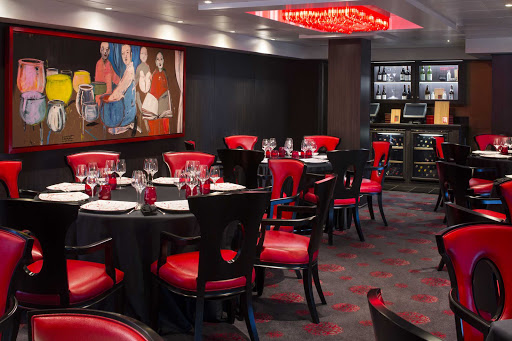 Savor the flavors of Asia in Red Ginger aboard Oceania's Sirena.