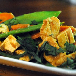 Thai Stir Fry with Chicken and Tofu with a Spicy Peanut Sauce.