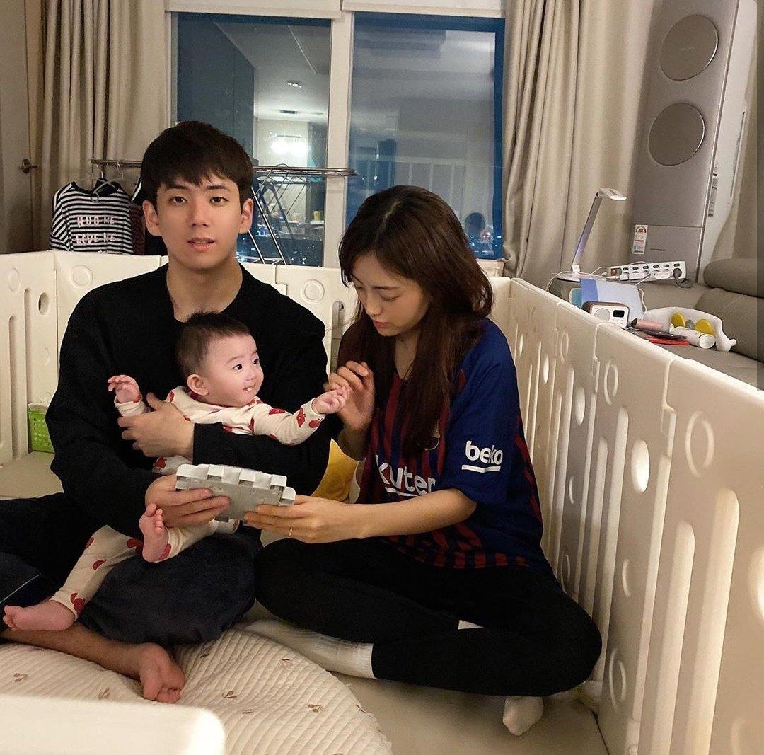 brother family jisoo