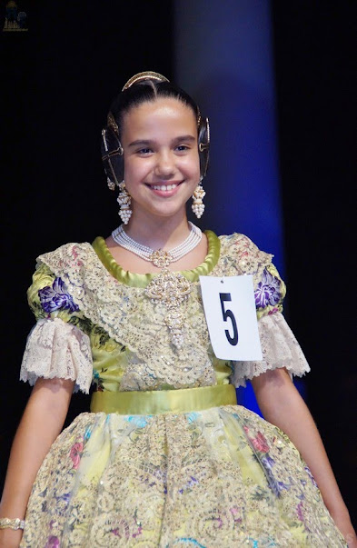 Sara Larrazábal Bernal. Corte de Honor Infantil 2019. Josep María Bayarri - Los Isidros.