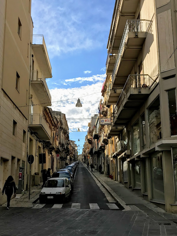 Апрельская Сицилия