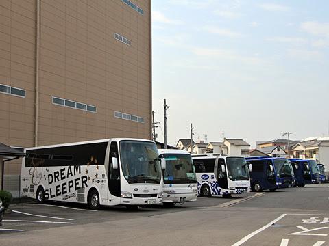両備ホールディングス「ドリームスリーパー東京大阪号」 両備バス門真車庫到着_03