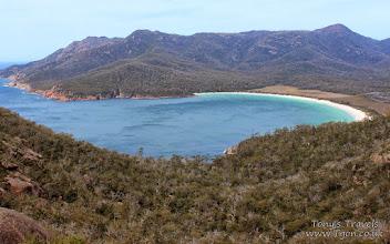 Photo: Wineglass Bay, Freycinet National Park, Tasmania