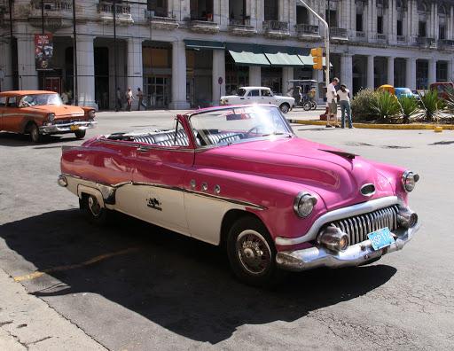 Cuba-Havana-Buick.jpg - A classic 1950s Buick parked on the streets of Havana, Cuba.