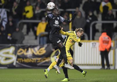 Ari Skulason komt over van Lokeren en tekende een contract voor twee seizoenen