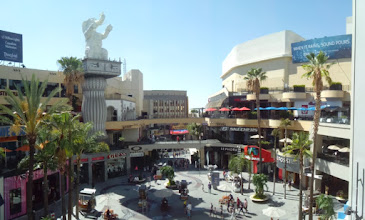 Photo: Hollywood