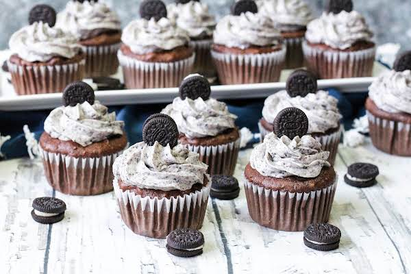 Death By Oreo Cupcakes Ready To Be Enjoyed!