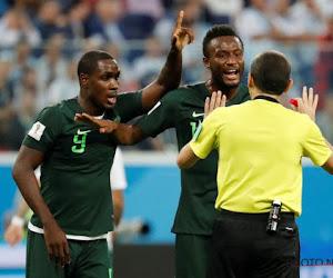 Un international nigérian avoue avoir refusé le Barça pour ... rester en Chine