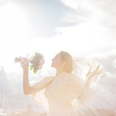 Wedding photographer Tatyana Mayorova (ikkunaprinsessa). Photo of 19.01.2014