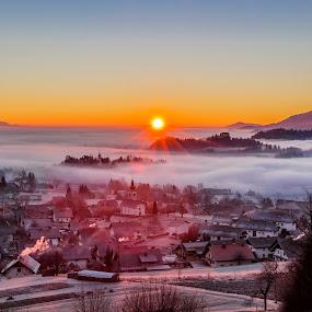 Beautiful morning by Boris Podlipnik - Landscapes Sunsets & Sunrises ( foggy, winter, fog, colors, frost, sunrise, morning, sun )